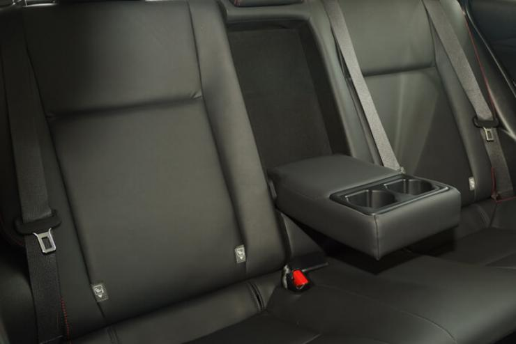 Hàng ghế sau